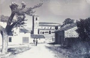 Pza del Coso - Tamajon - Turismo Rural
