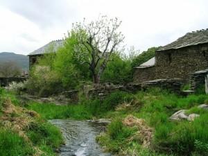 majaelrayo, arquitectura negra de guadalajara, sierra norte de guadalajara, pueblos negros